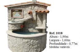 Fontaine murale avec cascade habillage pierre